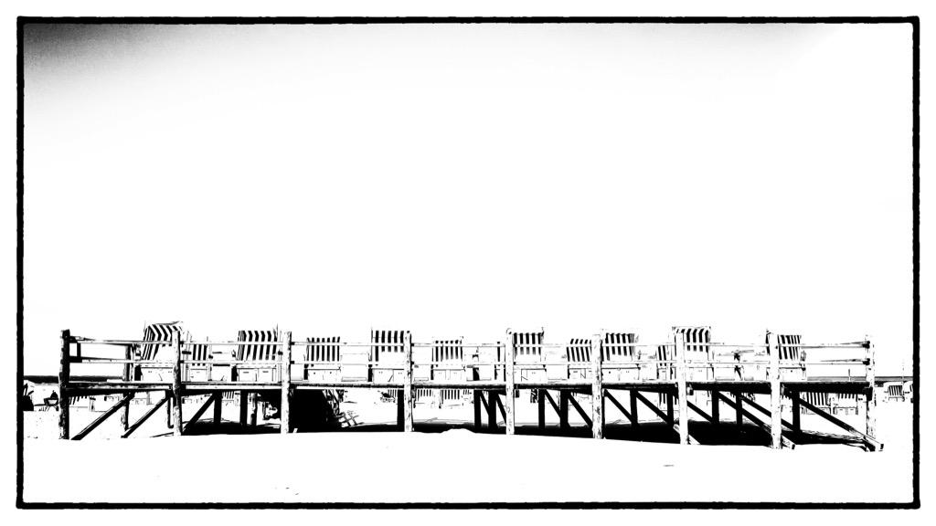 der Fotokünstler Hamburg Hafen Bilder Fotos Bild Foto Fotografie Grossformat Grossformatig Gross Leinwand Leinwanddruck Canvas Alu-Dibond Aludibond Alu Dibond Acrylglas Fotobearbeitung Kunst Kunstwerk Art Kreativ St Peter Ording Strandkorb Strandkörbe Schwarz Weiß Weiss