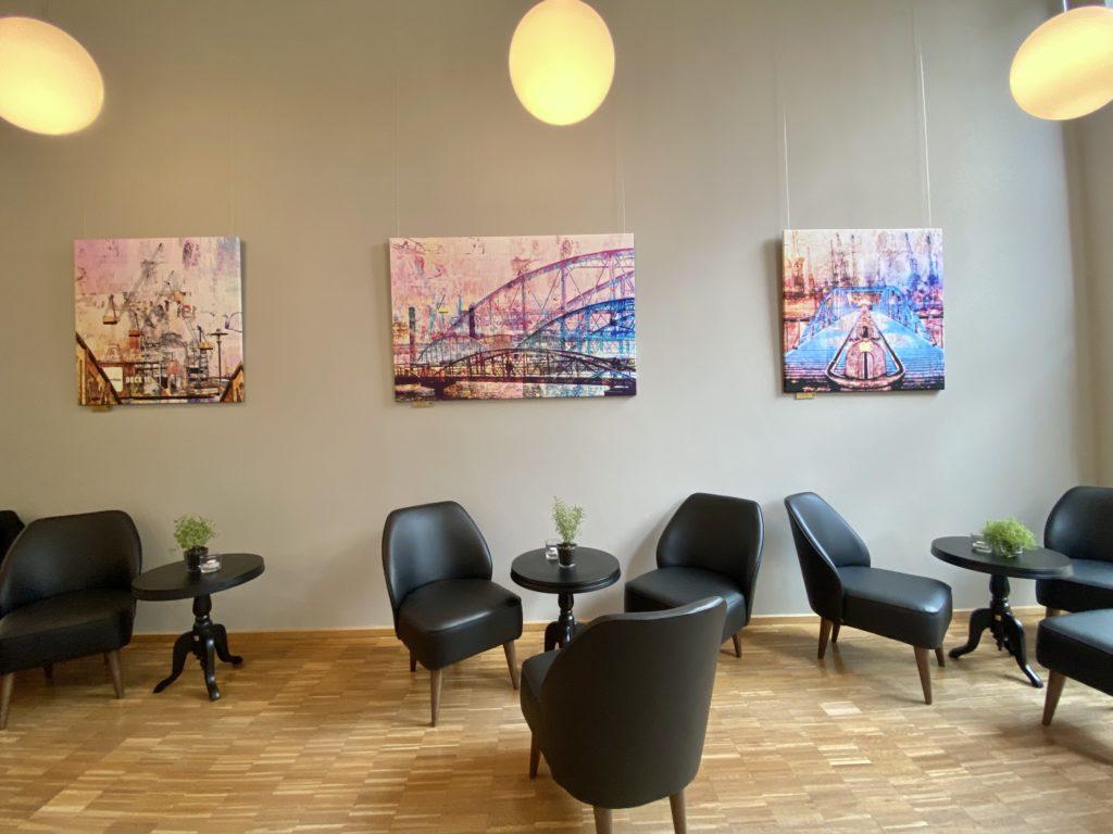 neue Bilder im Cafe Elbfaire Hamburg Hafencity der Fotokünstler Ausstellung Analog meets Digital